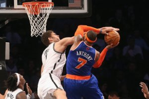 Carmelo Anthony y Brook Lopez